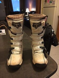 Youth motocross boots