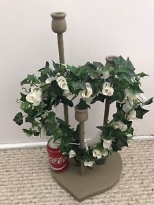 Heart shaped/white flowers/3 candle holder/battery lite