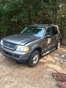 Parting out 2003 Ford Explorer 4.0 4x4