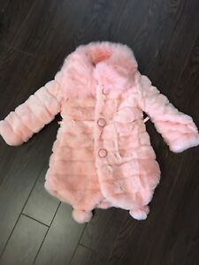 Girls winter coat 5-6 Y