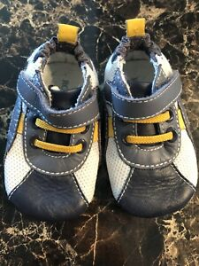Robeez Shoes Size 2