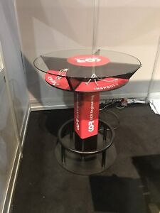 High top Charging Table