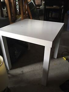White side table Belmont North Lake Macquarie Area Preview