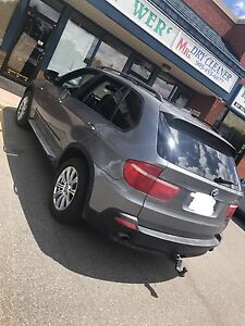 2007 BMW X5 5 PASSENGER FULLY LOADED