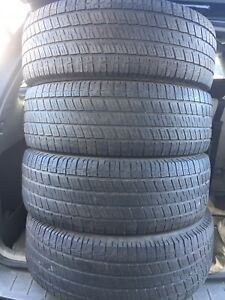 4-265/70R17 Uniroyal  Laredo all season