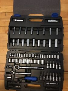 New mastercraft socket and tool set