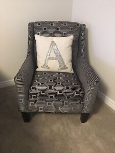 MOVING - Brand New Accent Chair - Can Deliver