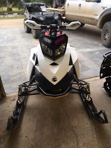 2010 Ski-doo MXZ 600