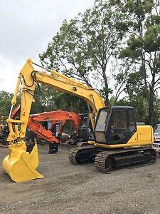 Sumitomo 12tonne excavator for sale Wellington Point Redland Area Preview