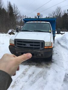LANDSCAPERS!! F-350 Ford Dump Box
