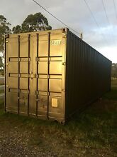 2 X  Shipping Containers Woodford Moreton Area Preview