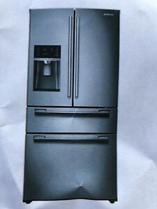 "Samsung 33"" Stainless Steel Fridge (BRAND NEW)"