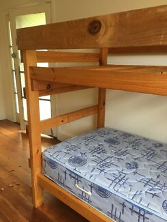 Handmade solid single pine bunk bed