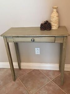 Console/ table/ entrance