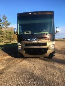 2013 Tiffin Allegro 34TGA Class A Gas Motorhome Triple Slide