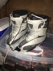 Snow board boots - sz 6 women's
