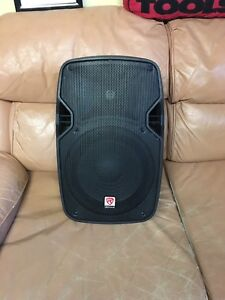 """Rockville pa speaker with 10"""" woofer. Great stage monitor"""