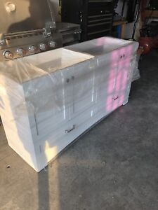 """Brand new vanity with double sink 60"""""""