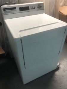 Sécheuse commerciale maytag