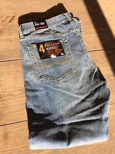 American Eagle Jeans 34 X 30 slim fit