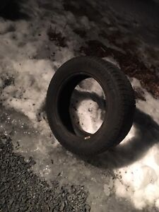 (Single) Michelin X-ice 195/65r15 (like new)