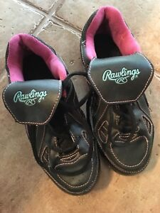 Baseball Shoes  / Rawlings  Girls Shoes size 2 -worn once