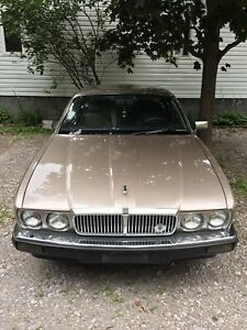 1988 Jaguar XJ6 sovereign as is $1300obo. Perfectly drivable