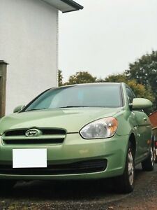 *SAFETIED* 2009 HYUNDAI ACCENT **GREAT ON GAS**