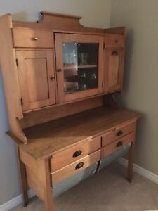 Antique 18th Century Baker's Hutch