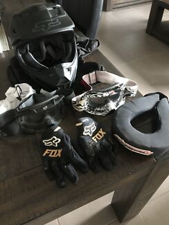Kids Motorbike Gear Helmet Gloves Goggles Neck Brass