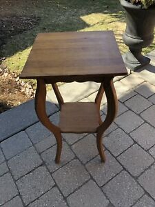 Vintage Plant Stand - Excellent Condition