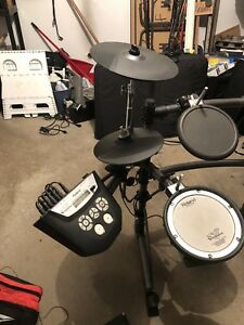 Set of Roland TD6V Electronic Drums on Good Condition