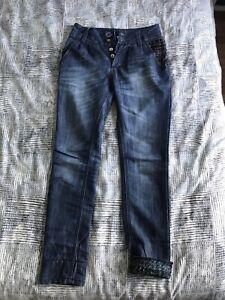 Jeans Desigual taille 24