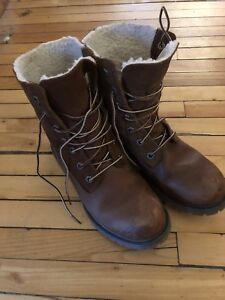 Ladies Timberland Boots - Size 7