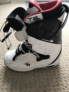 Northwave Legend Men's 8.5 snowboarding boots