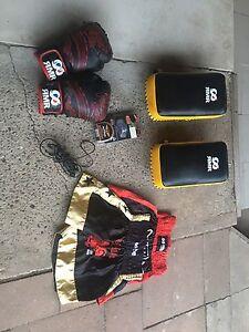 Kick boxing / boxing gear Logan Central Logan Area Preview