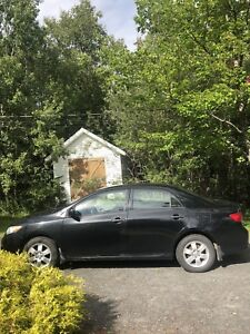 2009 Toyota Corolla CE - REDUCED PRICE LOW KMs