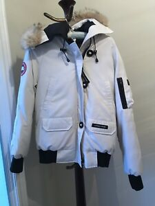 Canada Goose woman's white size small bomber jacket
