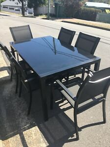 6 Seater Outdoor Dining Table & Chairs