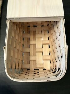 Crate and Barrel Classic Picnic Basket