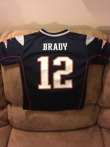 Child's New England Patriots Tom Brady Jersey Size Medium
