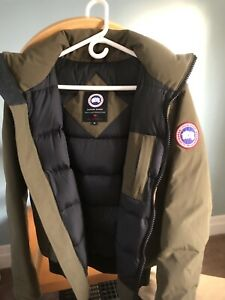 Canada Goose military green jacket (sz: S)