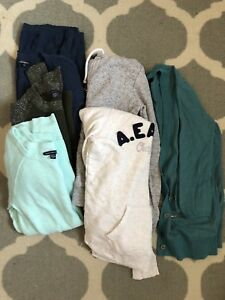 6 sweaters and hoodies lot