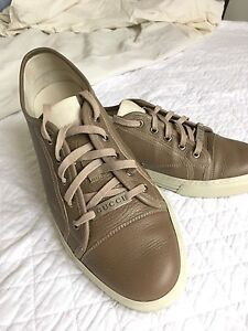 Men's Gucci Sneakers - 9G Light Khaki