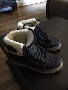 Fur lined winter boots Aspley Brisbane North East Preview