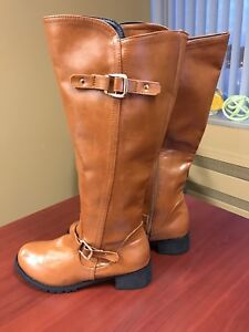 Gorgeous Brand New Equestrian Style Boots, Size 9.5!