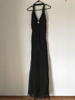 Black Faire Formal Dress (Size 16)