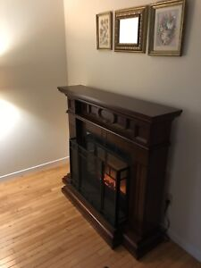 Electric fireplace and mantle