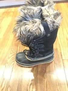 Sorel Joan of Ark Boots