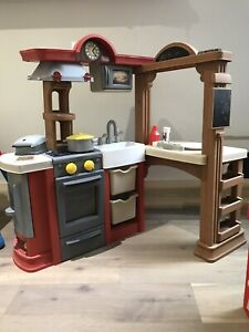 Lil Tikes Kids Kitchen